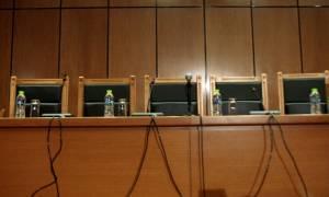 Ένωση Δικαστών και Εισαγγελέων: Να παύσει η Ελλάδα να αποτελεί οικονομικό πειραματόζωο