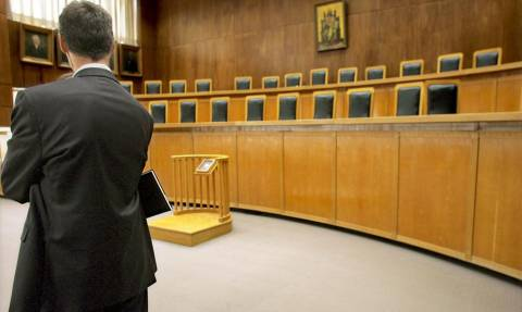 Δικαστές – Εισαγγελείς: Να αποσυρθεί το Ασφαλιστικό – Αδιέξοδο τα Μνημόνια