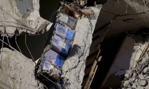 Με τενεκέδες είχε χτιστεί κτίριο που κατέρρευσε από τον σεισμό στην Ταϊβάν