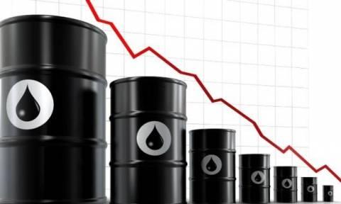 Κάτω από τα 30 δολάρια «έπεσε» το πετρέλαιο