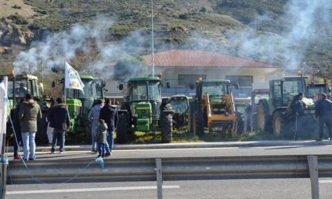 Κινητοποίηση αγροτών: Δεν κατεβαίνουν στην Αθήνα, Τέμπη και Προμαχώνας