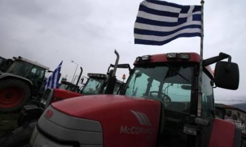 Επαφές αγροτών με Κουρουμπλή και Μπούτα για την κάθοδο τρακτέρ στην Αθήνα
