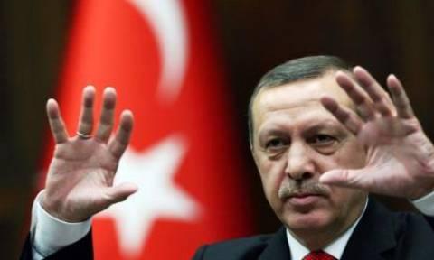 Πυρά Ερντογάν κατά του ΟΗΕ για το προσφυγικό: «Μας κοροϊδεύετε;»