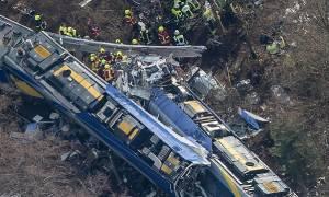 Τα πρώτα λεπτά μετά τη φονική σύγκρουση τρένων στη Γερμανία (video)