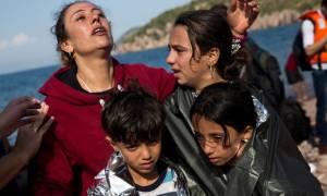 Καμπανάκι Κομισιόν σε Τουρκία: Αυστηρός έλεγχος αναχώρησης προσφύγων προς την Ευρώπη