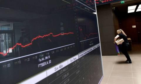 Χρηματιστήριο: Ισχυρές πιέσεις στην Αθήνα - Χτυπιούνται οι τράπεζες