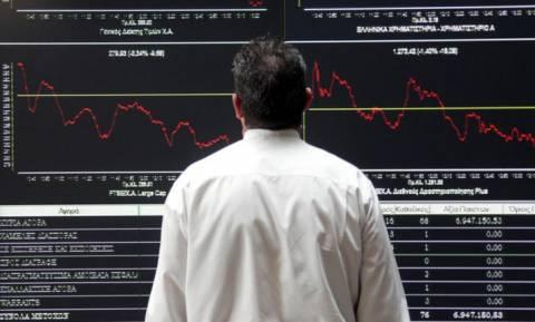 Νέα ιστορικά χαμηλά στο ΧΑ - «Εξαϋλώνονται» οι τράπεζες
