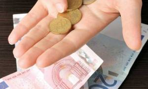 Ελάχιστο Εγγυημένο Εισόδημα: Από τον Απρίλιο η αρχή σε 30 δήμους