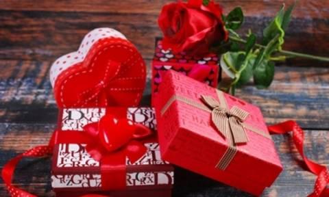 Valentine's Day 2016: Τι δώρο να κάνεις στον σύντροφό σου την ημέρα του Αγίου Βαλεντίνου…