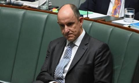 Παραιτήθηκε υπουργός στην Αυστραλία λόγω διαφθοράς (vid)