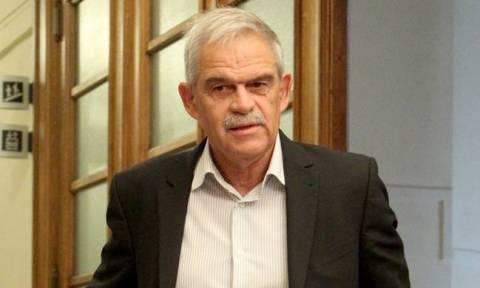 Αγρότες στην Αθήνα - Τόσκας: Απαράδεκτα τα επεισόδια έξω από το υπουργείο Αγροτικής Ανάπτυξης