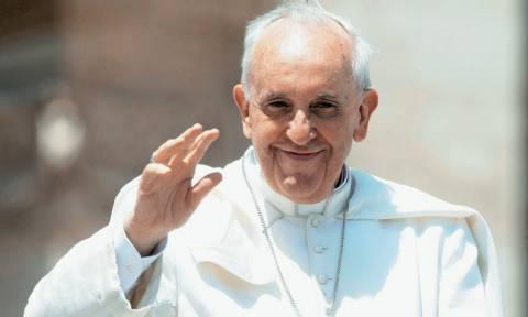 Ιστορική συνάντηση του πάπα Φραγκίσκου με τον πατριάρχη Κύριλλο στην Αβάνα (video)