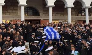 Το τελευταίο «αντίο» στον υποπλοίαρχο του Agusta Bell, Αναστάσιο Τουλίτση (photos)