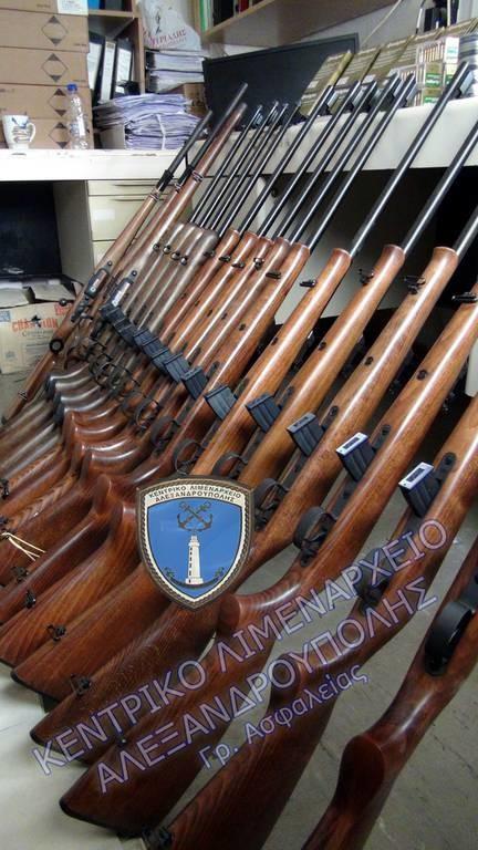 Σοκαρίστηκαν και οι αστυνομικοί! Δείτε τον οπλισμό που κατασχέθηκε στην Αλεξανδρούπολη