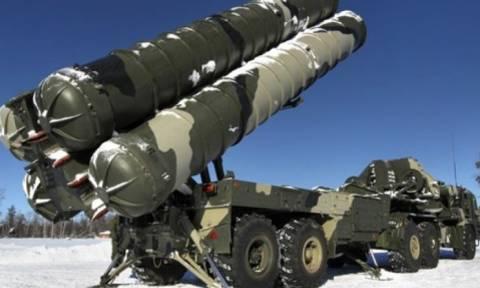 Εξοπλίζεται με ρωσικούς S-300 το Ιράν