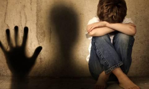 Προφυλακιστέος ο 44χρονος για την κακοποίηση των ανήλικων παιδιών της συντρόφου του