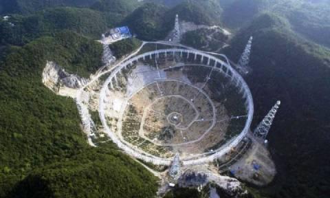 Εκτοπίζουν 10.000 ανθρώπους αναζητώντας εξωγήινους (pics & vid)