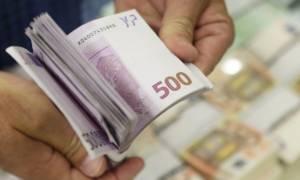 Αποσύρονται τα «βρώμικα» 500ευρα