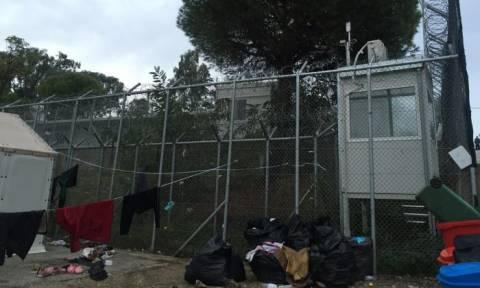 Λέσβος: Σχεδόν 1.200 μετανάστες πιστοποιήθηκαν στο hotspot της Μόριας