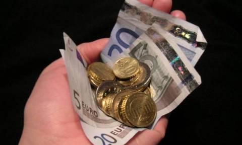 Φορολογία: Οι φόροι αυξάνονται αλλά τα ταμεία μένουν άδεια!