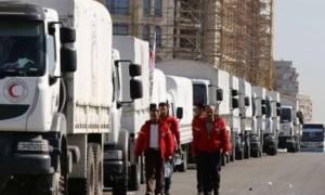 Συρία: Εκατό φορτηγά με ανθρωπιστική βοήθεια σε πολιορκούμενες περιοχές – Εκτοπισμένοι 70.000 άμαχοι