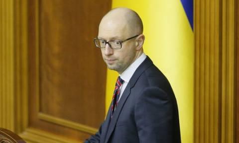 Ουκρανία: Η κυβέρνηση του Γιάτσενιουκ έχασε την πλειοψηφία στη Βουλή