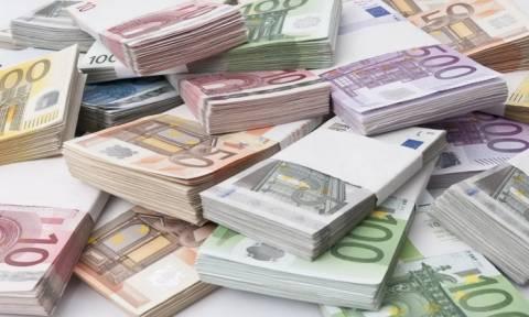 Εξετάζεται η υιοθέτηση του ευρώ από τους Τουρκοκυπρίους, ταυτόχρονα με την λύση του Κυπριακού
