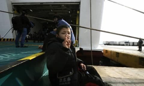 Τούρκοι αρπάζουν παιδιά προσφύγων στο Αιγαίο, «εισβάλλουν» στο Καστελόριζο και το Μαξίμου αισιοδοξεί