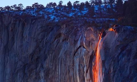 Ο καταρράκτης της φωτιάς: Ένα εντυπωσιακό φαινόμενο! (pics)