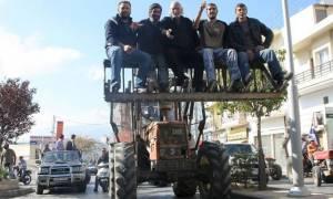 Το μεσημέρι η συνάντηση Τσίπρα με τους αγρότες