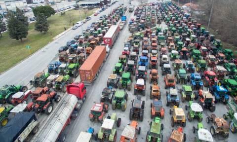 Ανήσυχοι για τις εξαγωγές παραγωγικοί φορείς