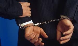 Χειροπέδες σε εκδότη και δημοσιογράφους για υποθέσεις εκβιασμού