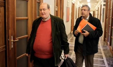 Τα ισπανικά «μπαίνουν» στα ελληνικά σχολεία - Ο Φίλης καλεί τους εκπαιδευτικούς σε διάλογο