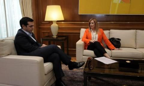 Τσίπρας προς Φώφη: Σύσκεψη πολιτικών αρχηγών πριν ή μετά τη Σύνοδο Κορυφής της 6ης Μαρτίου