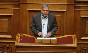 Βουλή: Αποσύρθηκαν δυο επίμαχα άρθρα για τους ΟΤΑ από το ν/σ για το Εθνικό Μητρώο Επιτελικών