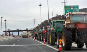 Αγρότες: Συνάντηση του απόλυτου τίποτα με τον Τσίπρα – Αδιάβαστοι και ψεύτες οι υπουργοί του