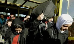 Μυτιλήνη: Έρχονται άλλοι 2.513 πρόσφυγες και μετανάστες σε Πειραιά και Καβάλα