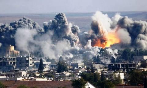 Δέκα ώρες πριν την εκεχειρία η Ρωσία εντείνει τους αεροπορικούς βομβαρδισμούς στη Συρία