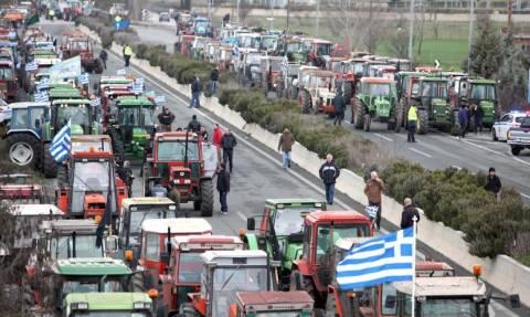 Αγρότες: Ανοιχτή επιστολή εμπόρων για να σταματήσουν οι αποκλεισμοί δρόμων