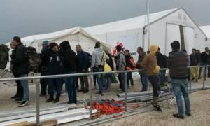 Μόνο 22 πρόσφυγες πέρασαν την Παρασκευή τα ελληνοσκοπιανά σύνορα - Άνοιξε η ουδέτερη ζώνη