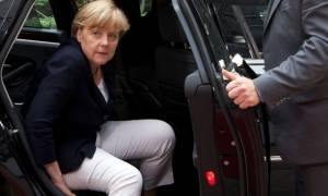 Μέρκελ: «Δεν θα αφήσουμε την Ελλάδα» - Σε στενή επαφή με τον Τσίπρα