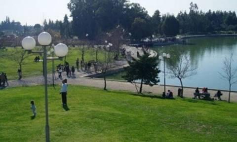 Σκηνές για πρόσφυγες στήνει ο στρατός στο Πάρκο Τρίτση