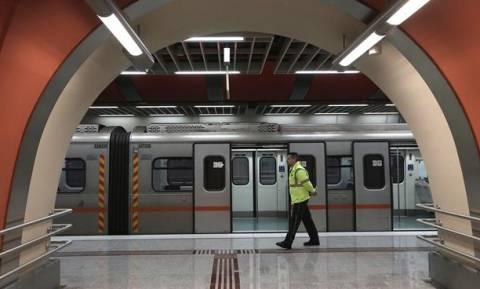 Προσοχή: Δείτε ποιες ώρες δεν θα λειτουργήσουν την Τρίτη Μετρό και Ηλεκτρικός
