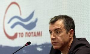 Θεοδωράκης: Να μην καθυστερήσει η συνάντηση των πολιτικών αρχηγών