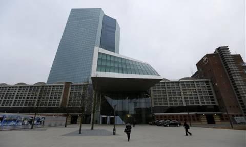 ΕΚΤ: Ο αποπληθωρισμός της Ευρωζώνης αυξάνει την πίεση για νέα μέτρα