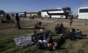 Καταυλισμός προσφύγων όλη η Ελλάδα (vid)