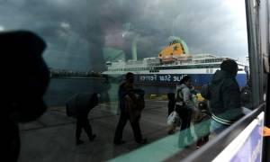 Βόρειο Αιγαίο: 6.000 πιστοποιημένοι πρόσφυγες περιμένουν να φύγουν από τα νησιά