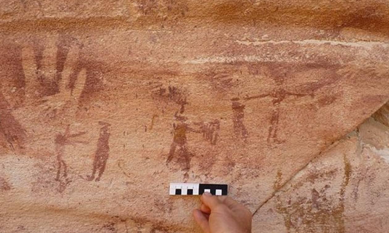 Ανακαλύφθηκαν 13 αποτυπώματα μικροσκοπικού χεριού 8.000 ετών και ΔΕΝ είναι ανθρώπινα! (photos+video)