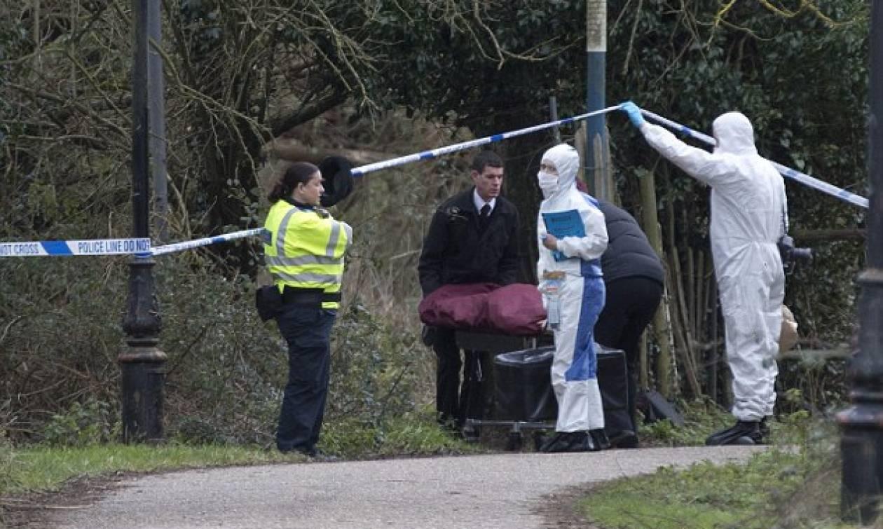 Σοκ στην Βρετανία: Βρέθηκε νεογέννητο νεκρό μέσα σε τσάντα