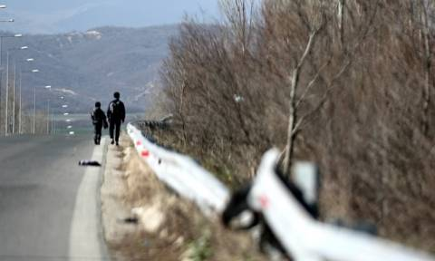 Ο Γολγοθάς των προσφύγων μέσα από το φακό του Newsbomb.gr - Έτσι φτάνουν στα σύνορα (photos)
